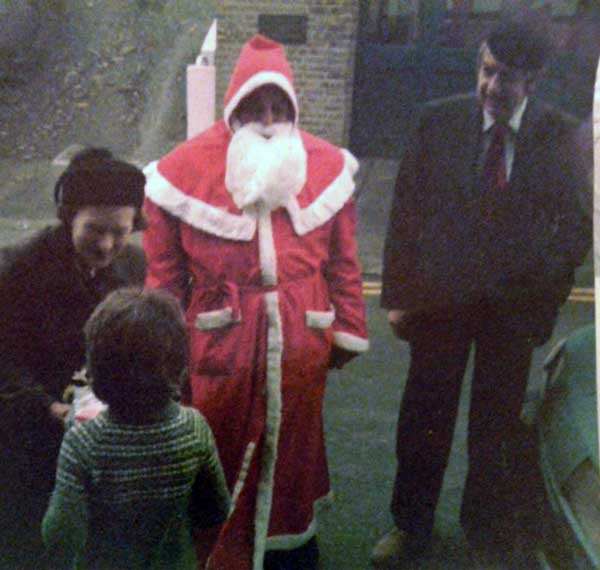bert-pike-as-santa-with-mr-and-mrs-colin-gillbard