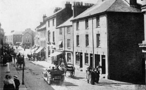 callington-fore-street-in-the-1920s