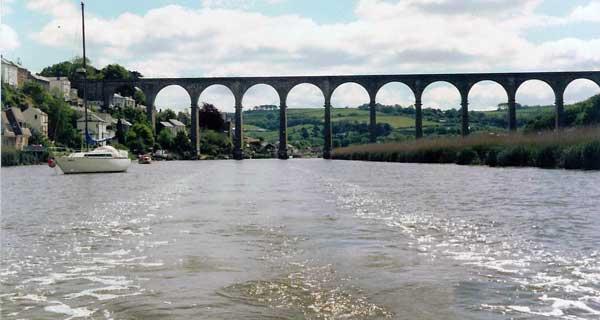 calstock-viaduct-down-stream