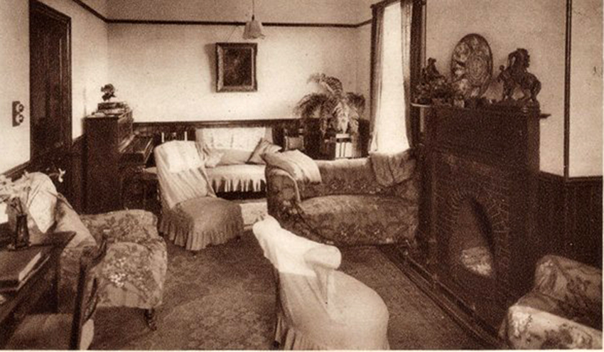 Corner Lounge of the Wilsey Down Hotel.