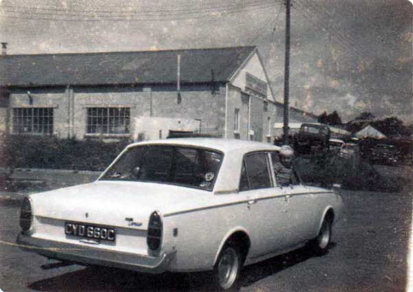 ford-corsair-at-scarne-photo-by-unknown