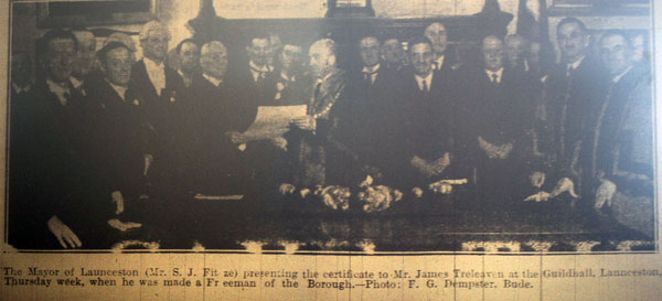 james-treleaven-is-granted-the-freedom-of-the-borough-in-1937