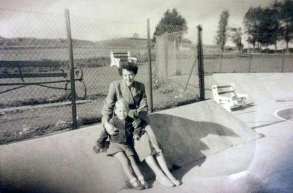john-barnes-and-his-mum-up-at-coronation-park-photo-courtesy-of-sarah-barnes