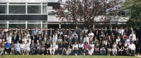 launceston-college-leavers-photo-courtesy-of-kay-cheeseworth