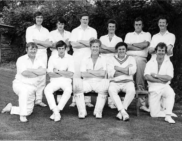 launceston-cricket-team-from-1971