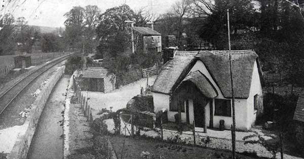 leat-cottage-lifton