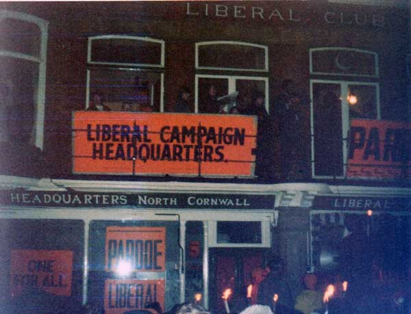 liberal-party-1974-election-win6-photo-courtesy-of-adrian-taylor