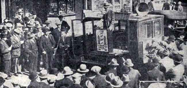 lieut-comm-r-fletcher-the-liberal-candidate-electioneering-in-launceston-during-the-1925-general-election