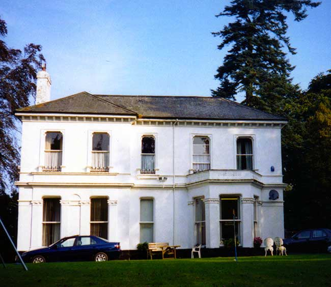 Manaton House, Dunheved Road, Launceston