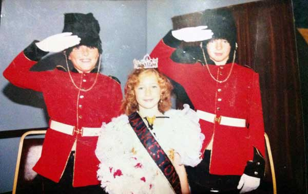 melissa-mullis-with-her-two-brothers-adrian-and-colin-as-launceston-fairy-queen-1-photo-courtesy-of-adena-mullis