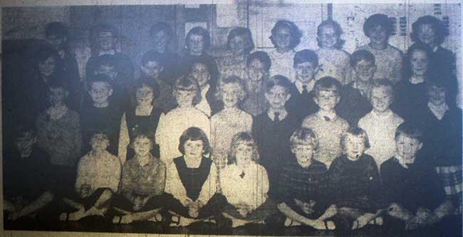 national-school-choir-1964