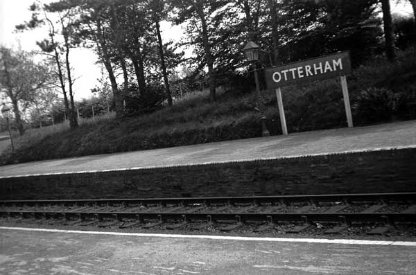otterham-station-in-1948-2-photo-courtesy-of-stanley-tout