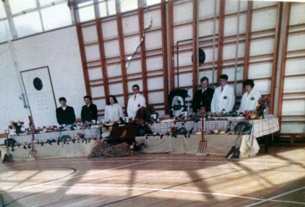 pennygillam-sports-hall-1966c-youngfarmers-harvest-service-photo-phyllis-aldridge