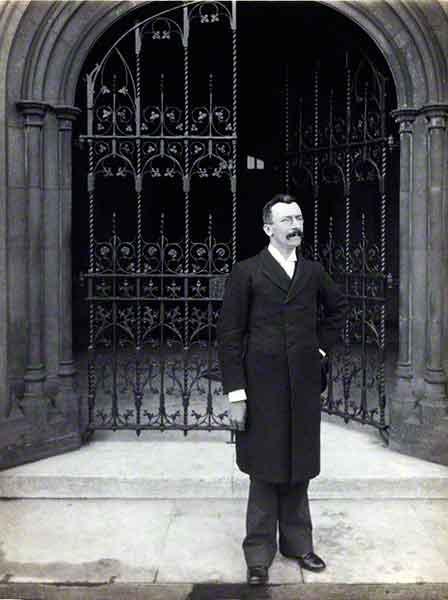 sir-alfred-farthing-robbins-1897