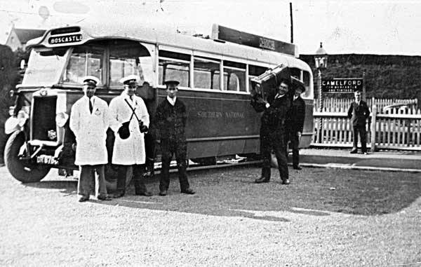 southern-railway-coach-at-camelford-station