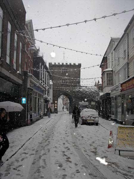 southgate-street-in-snow-november-2005-photo-by-n-slater