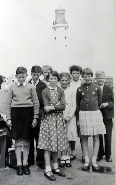 tregadillet-school-trip-1957-plymouth-hoe-edward-aze-elaine-aze-ann-yole-geraldine-prout-jean-dingle-roger-prout-dabina-taylor-abd-doyg-parnel