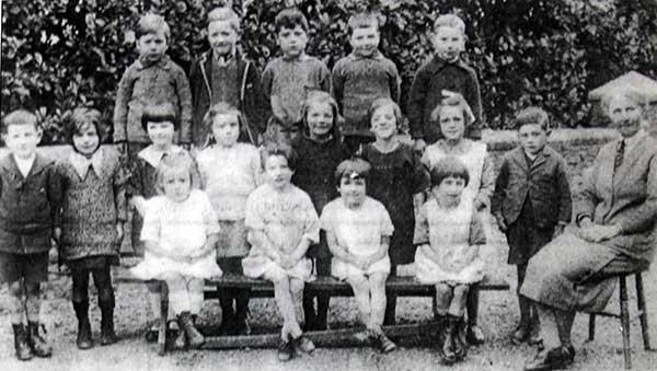 trekenner-school-c1930s