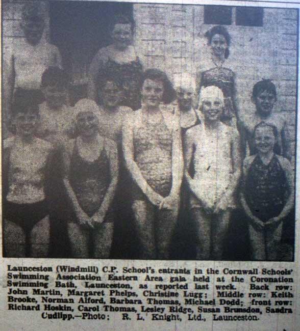 windmill-school-1956-swimming-entrants