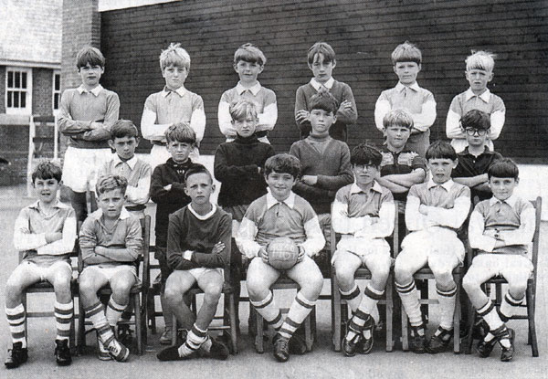windmill-school-football-team-from-1961-photo-courtesy-of-lawrence-house-museum