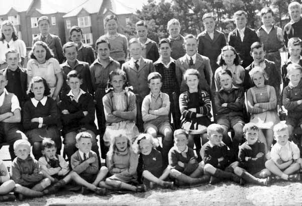 windmill-school-from-1948-photo-courtesy-of-andrea-mcphedran-3
