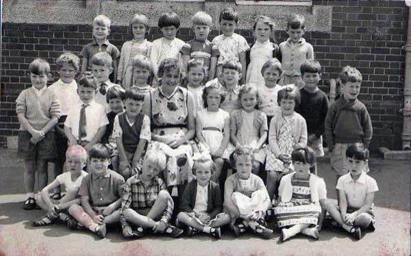 windmill-school-in-1961-photo-courtesy-of-anna-duke