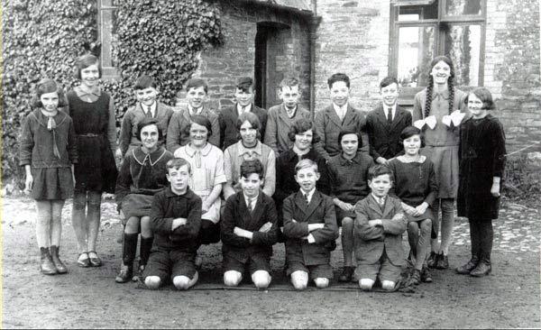 schoolclass1926