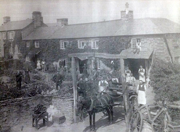 Kellys House, Lewannick. Photo courtesy of Andi Snook.