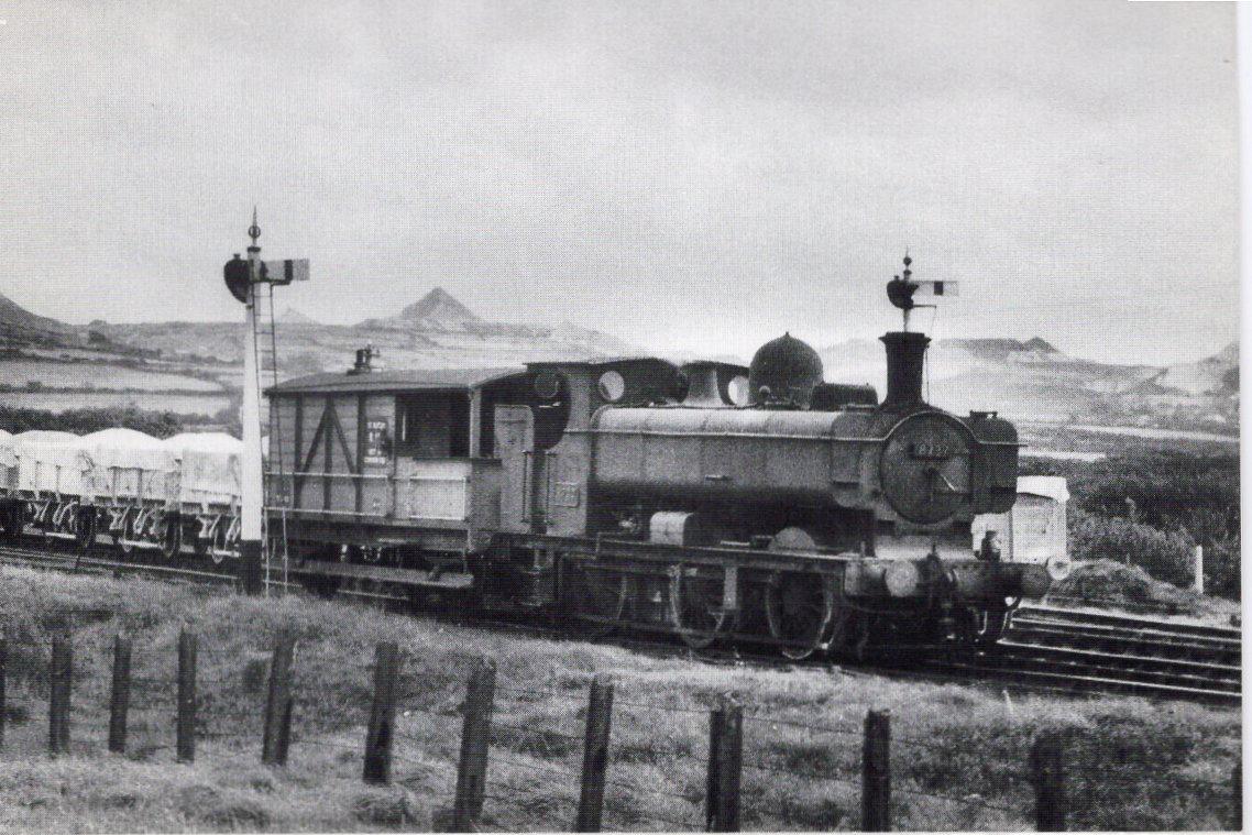 8737 shunting china clay wagons at St. Dennis Junction, Sep 11, 1961
