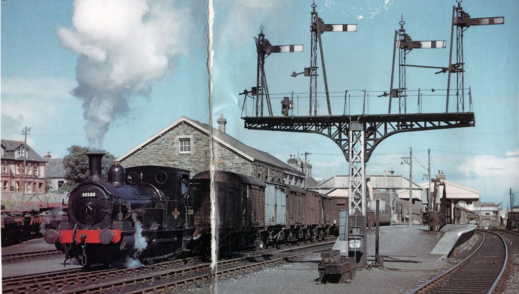 Beattie well-tank 30586 in June 1960 at Wadebridge