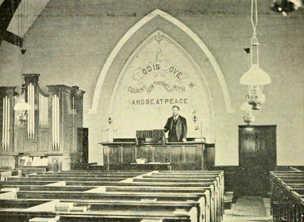 Lucket Chapel interior in 1900