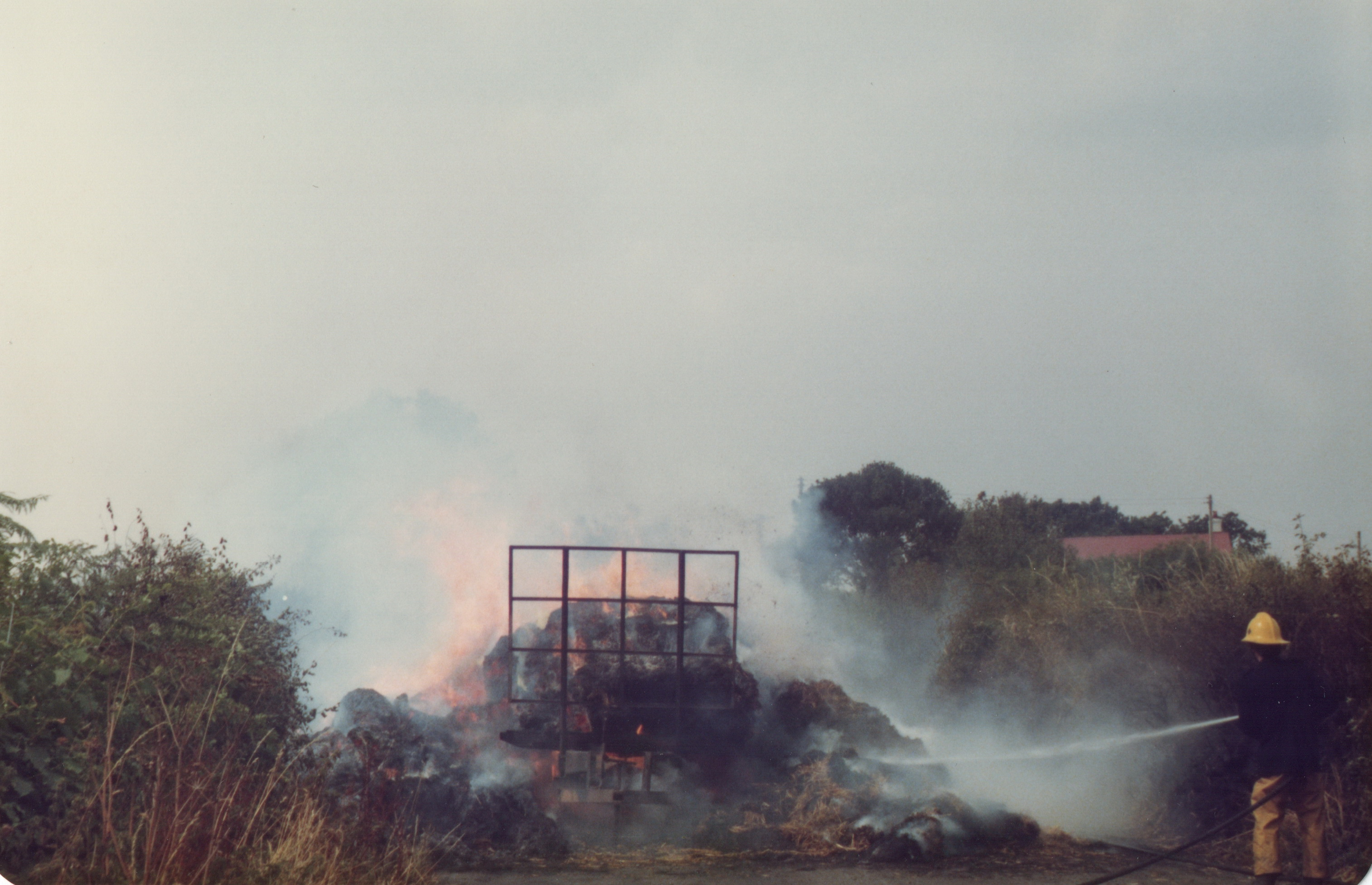 Vehicle Fire on the B3254 August 18th, 1983. Photo's courtesy of Gary Chapman.