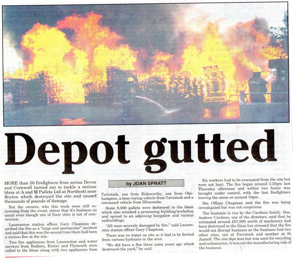 Northcott Hamlet Pallet Fire, August 2004. Photo courtesy of Gary Chapman.