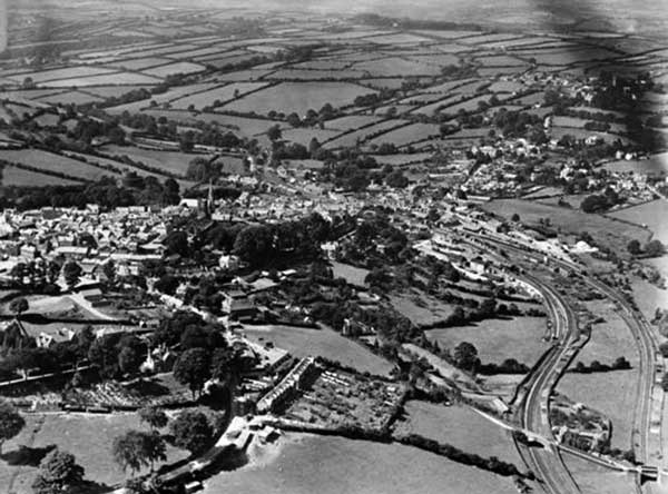 Aerial of Launceston from 1928.